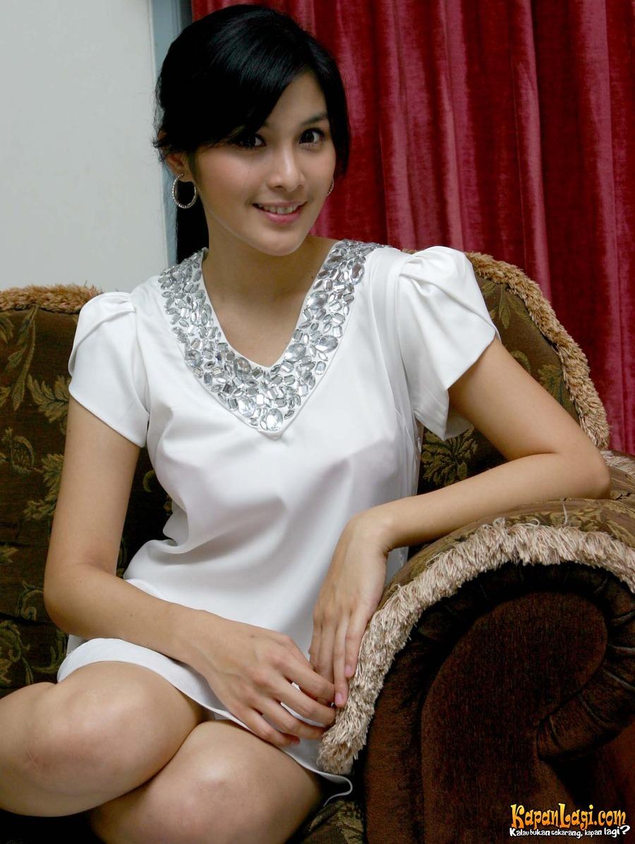 artis indonesia gisele nude